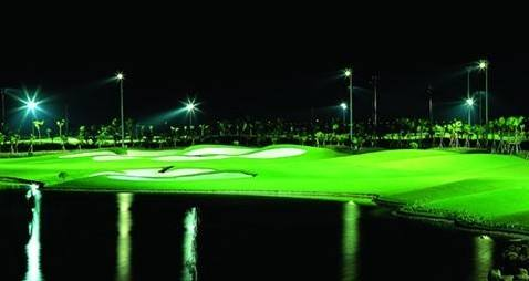 东九洞高尔夫球馆照度计算